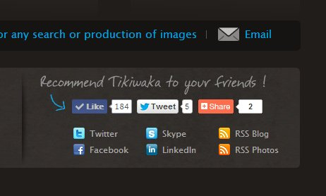 footer_social_media_icons_example